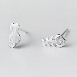 Süße verschiedene Katzenfischknochen Kitty Mini Gebürstet Silberne Mädchen Tiere Ohrstecker