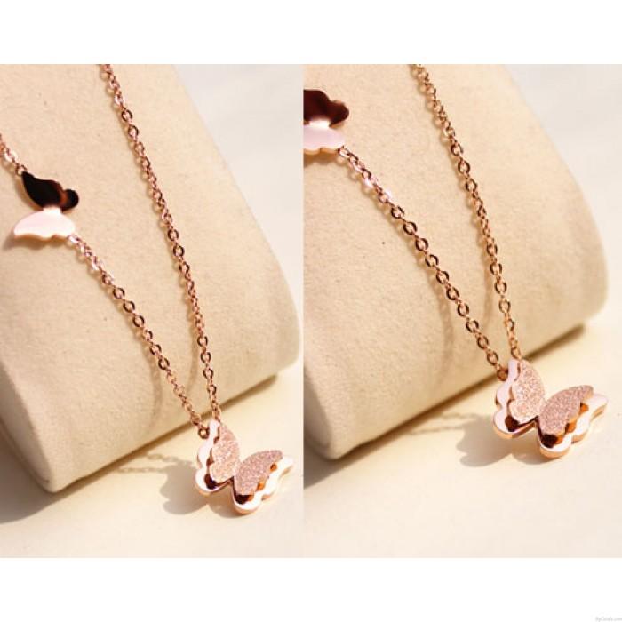 Nette Frosted Schmetterlings-hängende Halskette