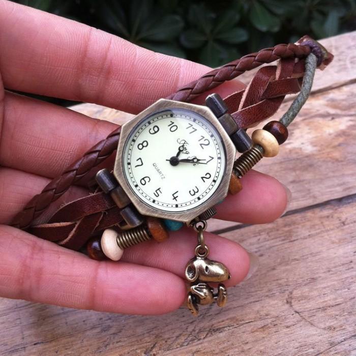 Mode Platz Puppy Armband Uhr