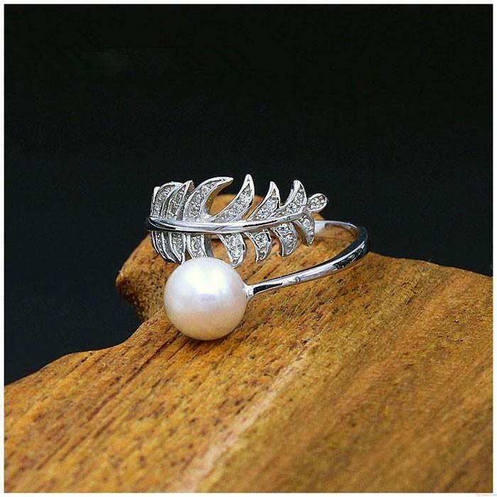 Einzigartiger Federring für Mädchen mit Federperlen und offenem Silberring