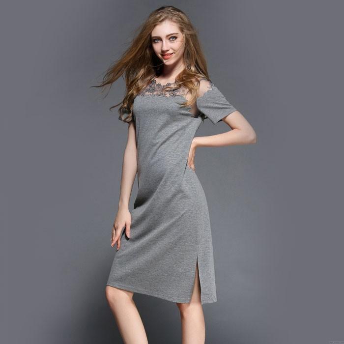 Reizvoller gestickte Gaze Hellseher Kragen verstärktes asymetrisches Rand Schlitze Kleid