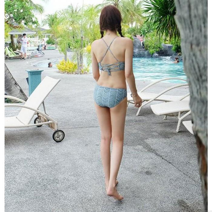 Retro gewellte Streifen sammeln Bikini Sexy Rücken Cross Straps Split Beachwear Bademode
