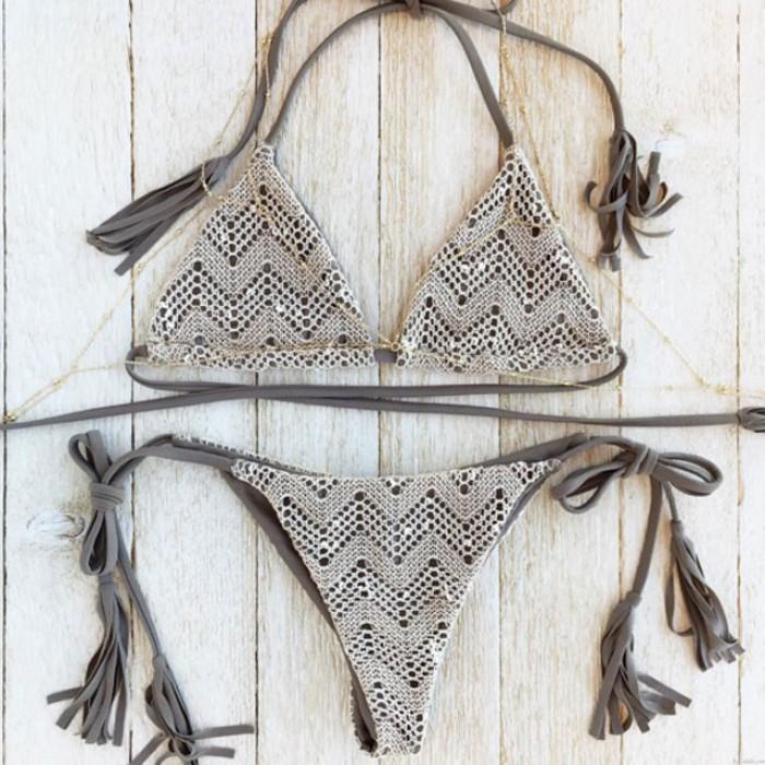 Graue Spitze Split Printed Bikini Quasten Badeanzug