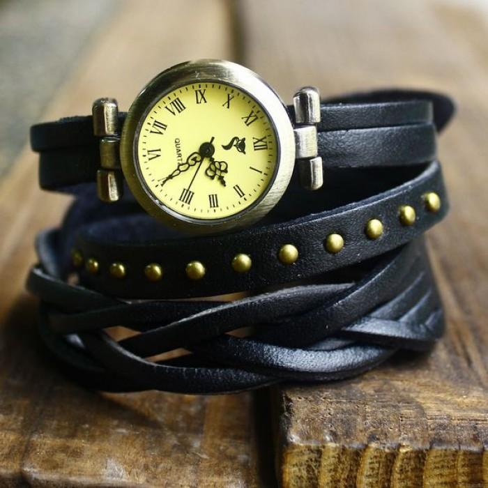 Mode gewebt Nieten Leder 3 Kreise Retro-Uhr