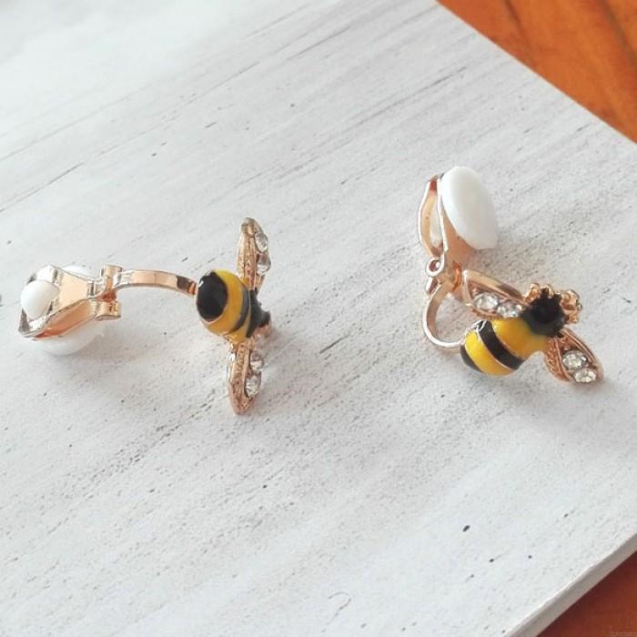Karikatur Niedliche Biene Diamant-umrandete Flügel-Gold überzogene Frauen-Tier-Ohr-Klipp
