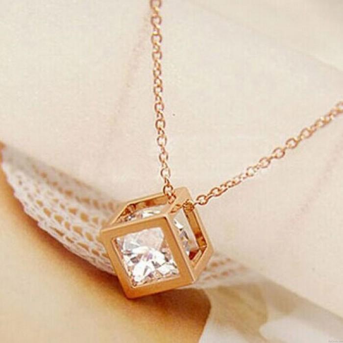 Platz Kristall Zirkon Vergoldete Halskette