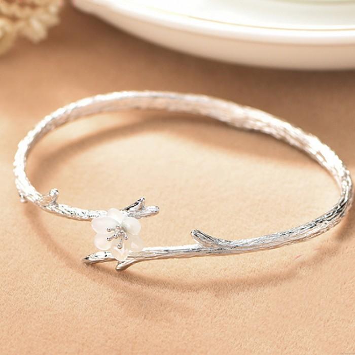 Einzigartige Cherry Imitating Branch Lines Circular Ring Schale Silber Blume Armband öffnen