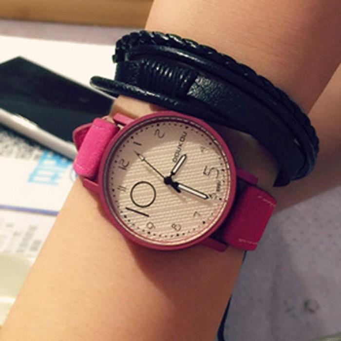 Retro einzigartige Persönlichkeit Dial Leder Armbanduhr