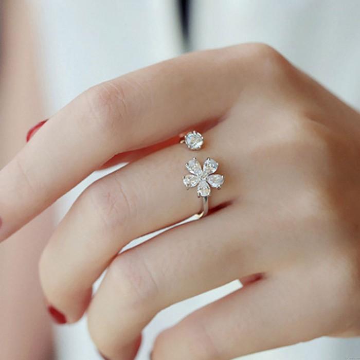 Frisches Blumen-geöffnetes Diamant-Freundgeschenk Silberring