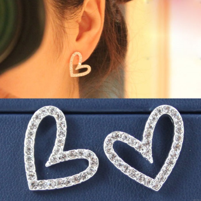 Hohl Heart Shaped Ohrstecker Ohrclips