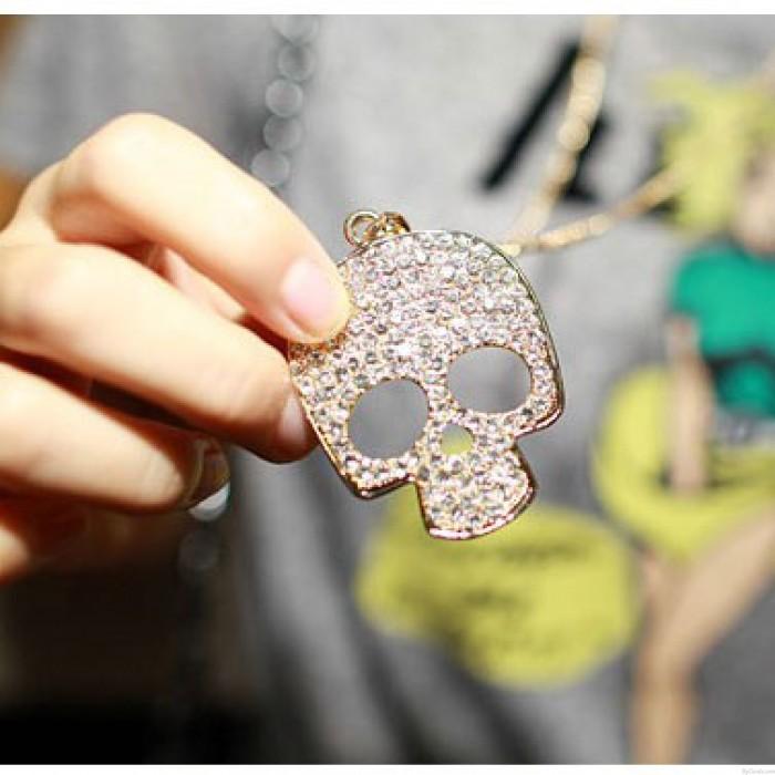 Punk Schädel Strass Pullover Halskette