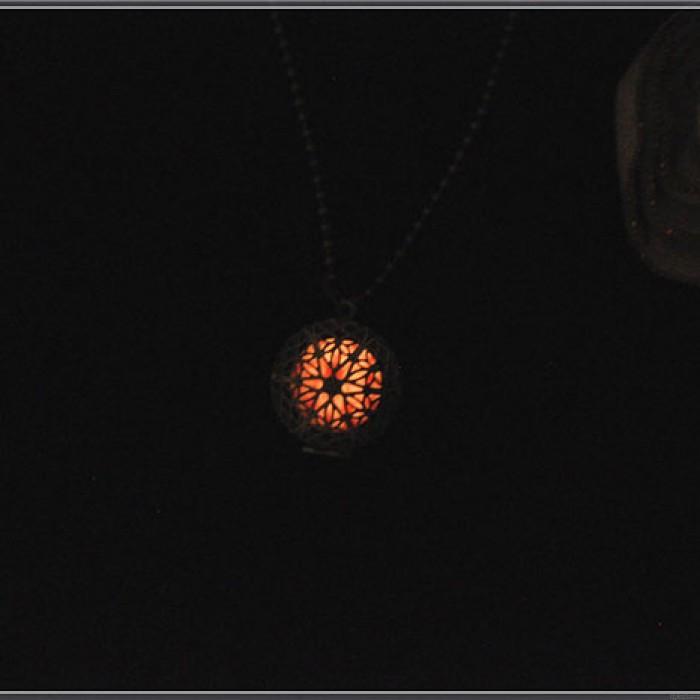 Weinlese-Luminous Rundhohl Photo Box Halskette Pullover Ketten