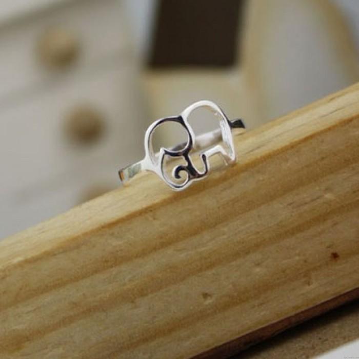 Nette Einfache aushöhlen Elephant Silber Ring