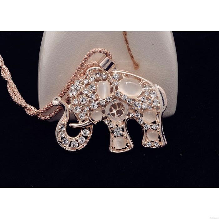 Weinlese höhlen heraus Niedlich Tier Elephant Opalhalskette