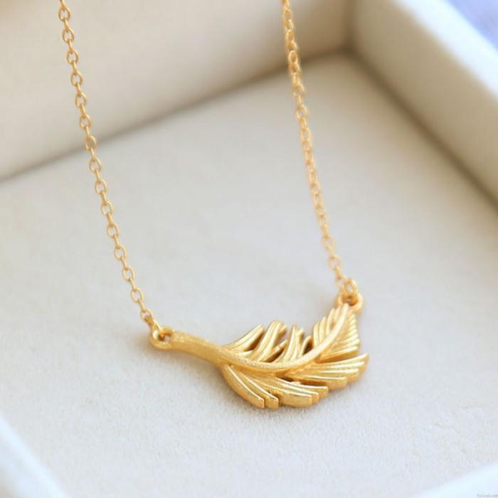 Süße einfache Feder Anhänger 925 Silber vergoldet Charme-Halskette