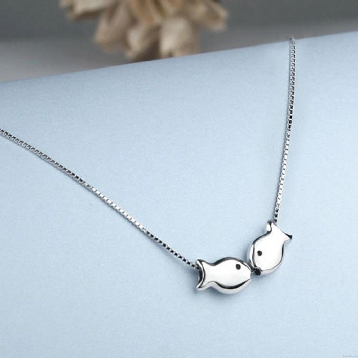 Romantische Kissing-Fische Poliert Anhänger Silber Tier Double Fish Halskette