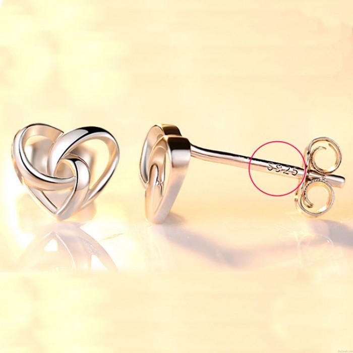 Mode Herzförmig Mini Silber Poliert Frau Ohrstecker Süß Ausgehöhlter Ohrring