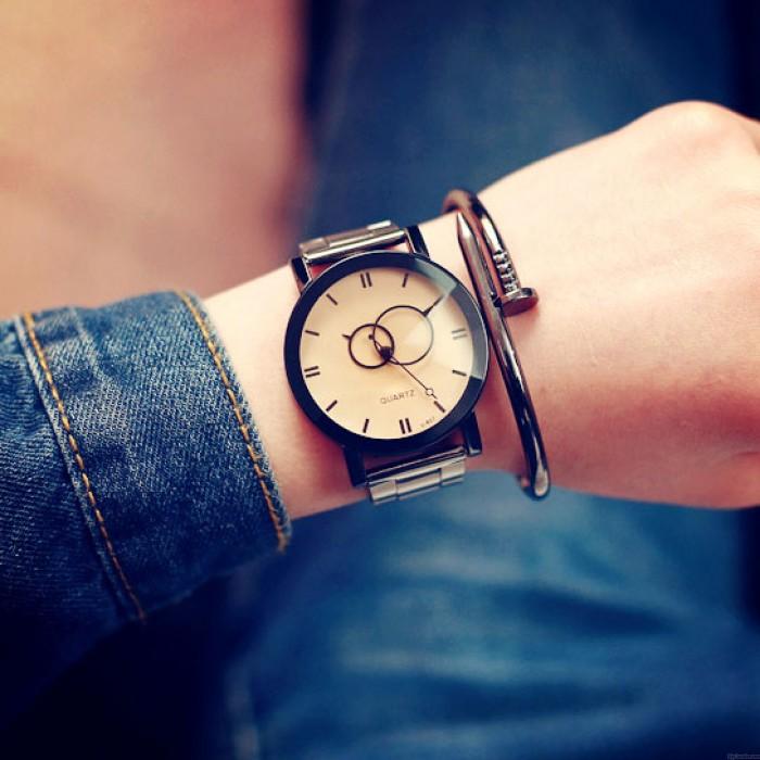 Harajuku einfache Stahl Streifen Paar Uhr Student Quarzuhren