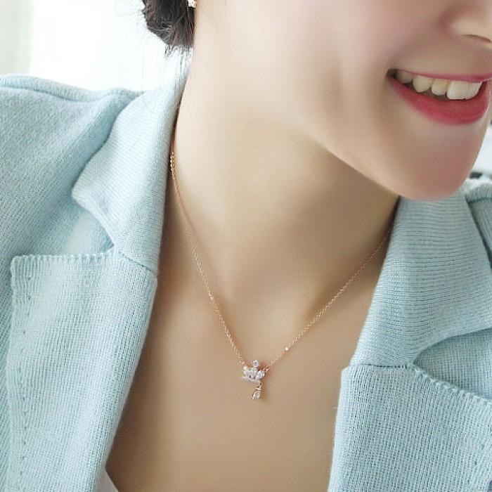 Rose Gold Royal Crown Diamond Anhänger Dame Halskette