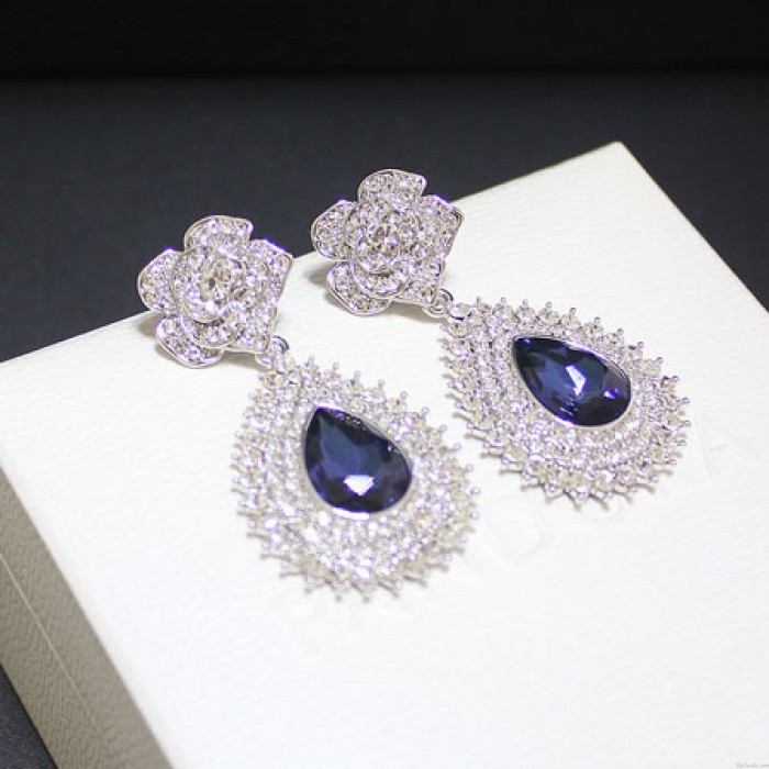 Edel glänzendes Inlay Diamant-Rosen-Saphiranhänger Veranstaltungs Ohrringe