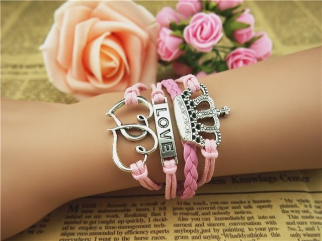 Love Heart Crown Weave Infinity Bracelet