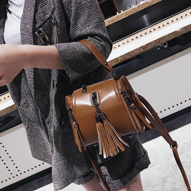 Retro Tassel Simple Glossy Fringed Handbag Lady Shoulder Bag
