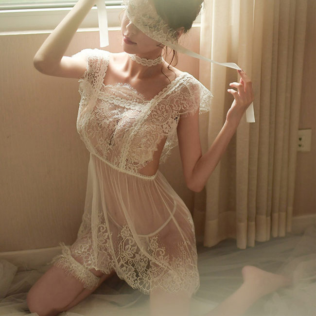 Sexy Temptation Backless Pajamas Nightdress Eyelash Lace Perspective Women Intimate Lingerie